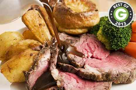 The Melville Bar - Sunday Roast For Two  - Save 50%