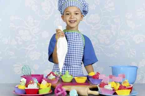 Flammen & Citronen - Childrens Cupcake Decorating Class  - Save 60%