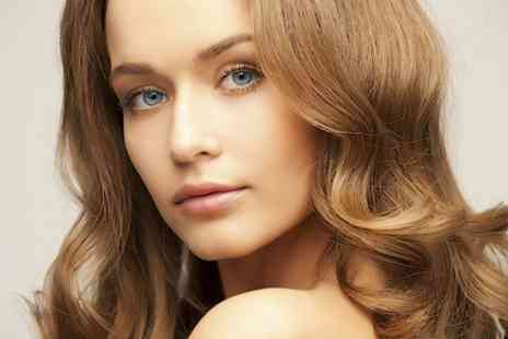 3D Hair And Beauty - Restyle and Blow Dry - Save 69%
