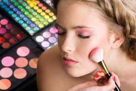 Make Up Atelier - Two Hour Make Up Masterclass  - Save 90%