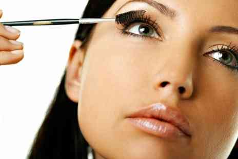 Caledonian Therapy Academy -  Express Eyelash Extension Course - Save 54%
