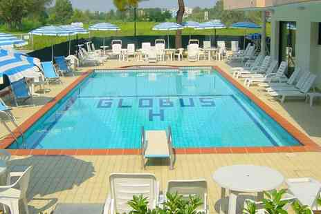 Hotel Globus - A week on the Adriatic coast with breakfast - Save 51%
