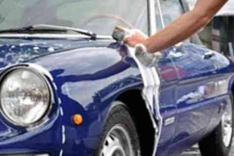 Stars Garage - MOT  fluid top up and exterior wash - Save 75%
