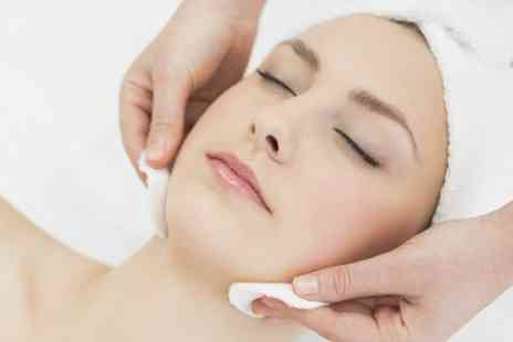 Fabulocity Bromley - Facial Treatment of Choice Including Microdermabrasion - Save 62%