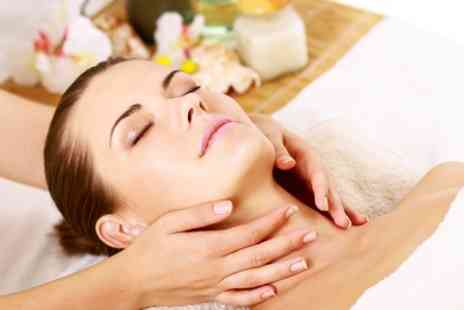 Eves Therapies - One Hour Facial and Massage - Save 50%