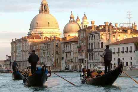 Hotel Continental in Venice - Spend a couple of romantic days in Venice with complimentary breakfasts