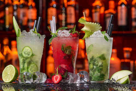 O Bar - Four cocktails and nachos to share between 2  - Save 59%