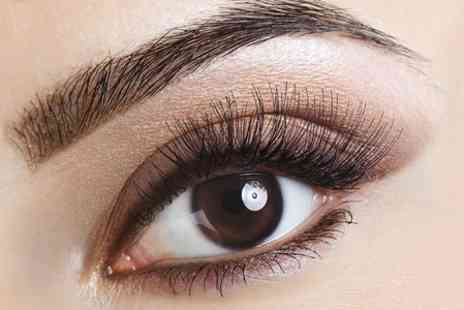 Body & Soul Lancashire - Hollywood Lashes With Eyebrow Shape and Tint - Save 40%