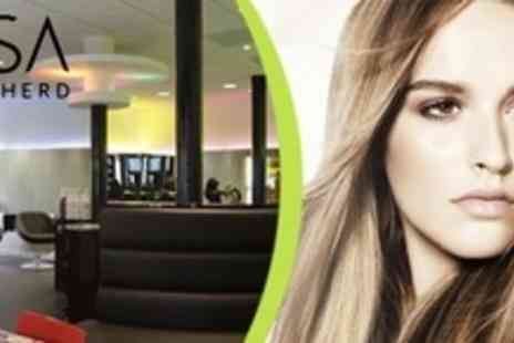 Lisa Shepherd - Haircut and Blow Dry Plus Head Massage For Men - Save 50%