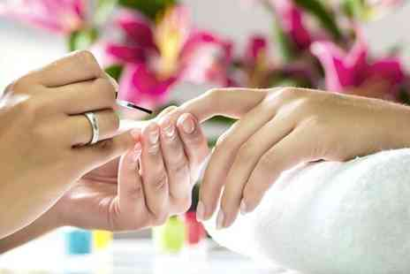 Funky Fingers by Max - Shellac Manicure  - Save 46%