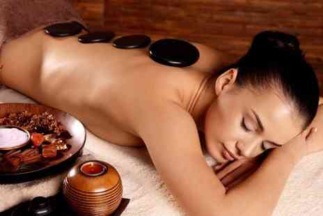 Pampers Beauty - Hot Stone Massage  - Save 67%