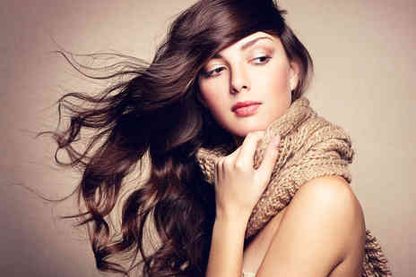 Nickys Unisex Hair Salon - Haircut and Blow Dry with Half Head of Highlights - Save 63%