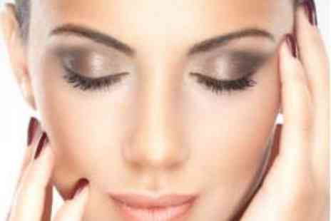 Bounce Salon - Hour Long Facelift Facial - Save 69%