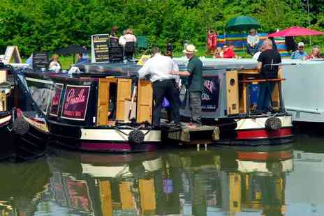 Crick Boat Show - Ticket to the Crick Boat Show and Waterways Festival on Monday 26 May 2014 - Save 50%