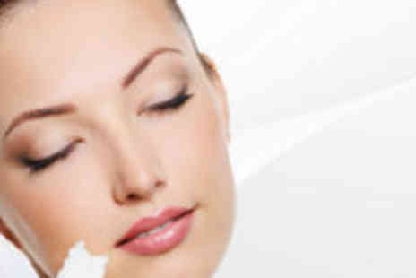 Good Vibrations - Facial, brow tint & manicure - Save 70%