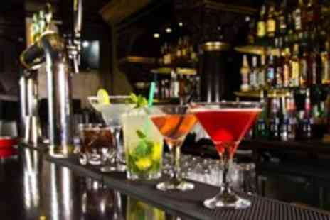 Manchester Leisure Academy - Two hour spirit & cocktail mixology masterclass for 1 - Save 68%