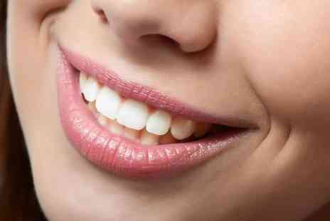 iLaser Clinic - One laser teeth whitening session - Save 80%