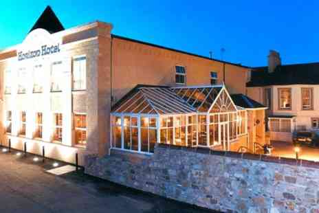 The Horizon Hotel - One Night Stay For Two With Bubbly in Ayrshire - Save 41%