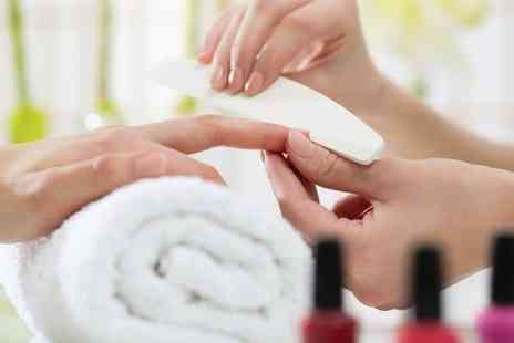 Au Naturale - Luxury Manicure or Shellac Gel Polish  - Save 55%