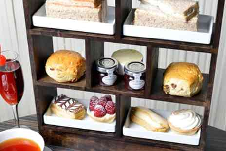 Thistle Kensington Gardens - Afternoon Tea for 2 with Cocktails or Champagne - Save 53%