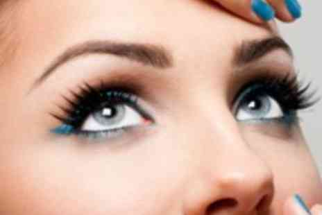Lushious Lashes - Luxurious lash lift and volume treatment  including an eyelash tint and tidy - Save 50%