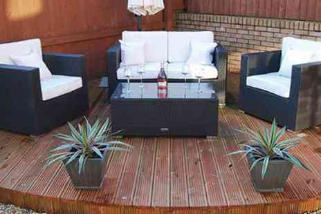 D1 Design & Creative   - 4 Piece Luxury Rattan Sofa Set with Coffee Table - Save 48%