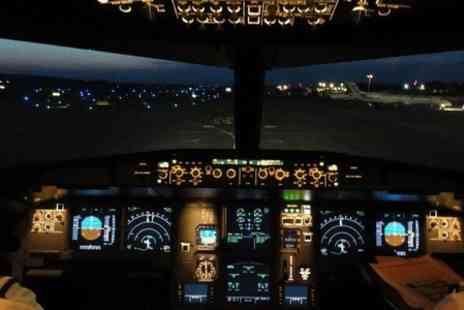 Flight Simulators Midlands - Boeing 737, 747 or Airbus experience  - Save 53%