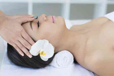 Beauty Sophias Way - Pamper Package For One - Save 52%