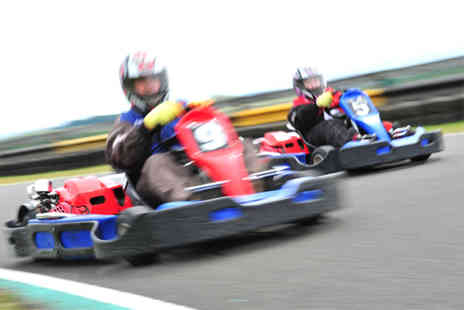 Knockhill Racing Circuit - 25 lap Sprint Race outdoor go karting experience for 1 - Save 50%