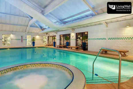 LivingWell Hilton Hotel - Day Pass to Health and Leisure Facilities for Two - Save 50%