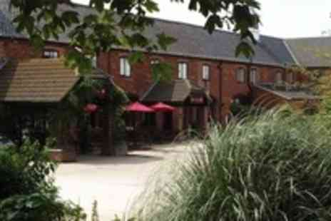 The Olde Barn Hotel - Two night Lincolnshire stay with breakfasts  - Save 51%