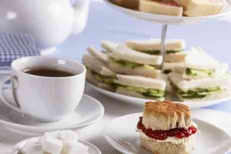 Leicester Racecourse - Afternoon Tea For Two - Save 50%