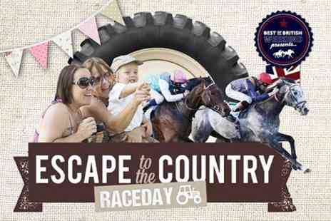 Royal Windsor Racecourse - Entry to Royal Windsor Racecourse For Two   - Save 54%