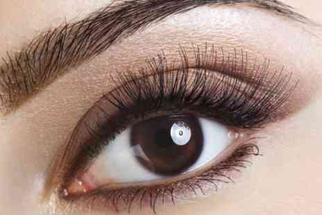 Krem Beauty Clinic - Eyelash Extensions - Save 50%
