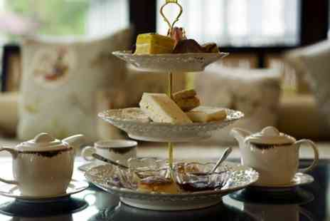 Hilton Newbury - Champagne Afternoon Tea With Spa Access For Two  - Save 61%
