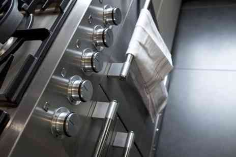 Ultra Pro Service  - Full Single Oven Clean - Save 41%
