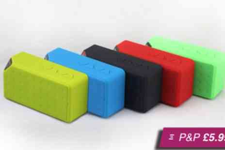 Loco Gadgets - Eight  speaker in a choice of colours - Save 72%