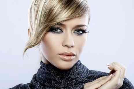Kanwa - Cut, Highlights and Blow Dry  - Save 57%