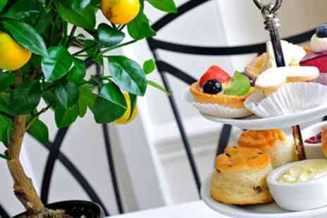 Holiday Inn Royal Victoria - Hendricks Gin and Tonic Afternoon Tea for two - Save 47%