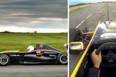 intotheblue - Formula Renault Driving Experience  - Save 45%