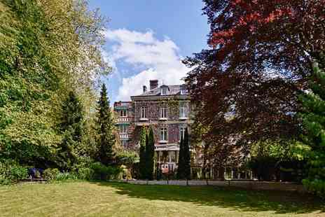 Belle Isle sur Risle - Two nights Stay With B&B, dinner, champagne, kayaking and more  - Save 56%