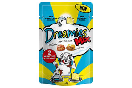 petshopbowl - 10 x Dreamies Salmon & Cheese Cat Treats - Save 50%