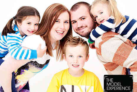 The Model Experience - Family or Friends Photo Shoot  - Save 94%