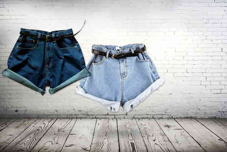 DFashion - Pair of high waisted denim shorts with belt - Save 70%
