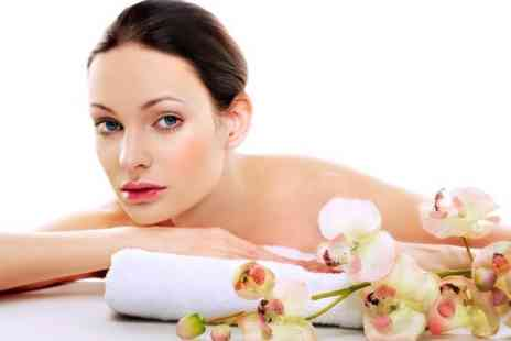 NS Salons St Albans Beauty - One Hour Full Body Massage - Save 60%