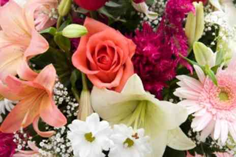 Janet Edwards Florist - Three hour table arranging workshop for one  - Save 76%