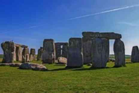 Luxury Travels and Tours - Luxury Stonehenge & Bath tour for 1 - Save 50%