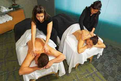 The London School of Thai Massage - Introduction to Massage - Save 69%