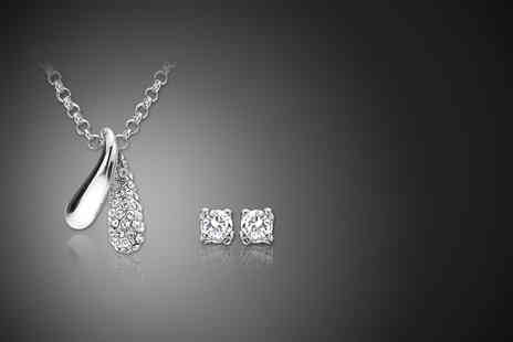Zoo Jewellery - 18k white gold plated teardrop necklace and earrings set made with Swarovski Elements - Save 88%