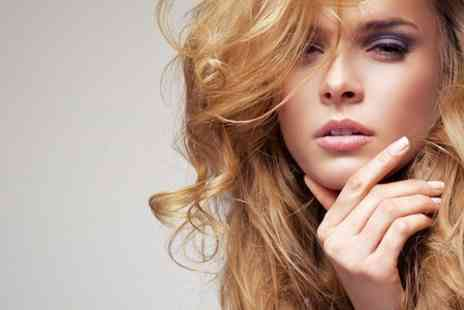 Relaxation den - Restyle Cut and Blow Dry - Save 60%